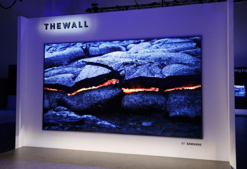 Sony推史上最強「16K巨型電視」跟公車一樣大 他:眼睛會感受到「內容深度」