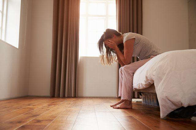 6件「每天睡不夠」會發生的恐怖狀況 太常熬夜會害你變「三寶」
