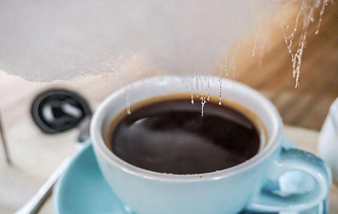 最新網美聖地「甜心雨咖啡」爆紅 咖啡上浮超萌「棉花糖雨」少女度滿分❤