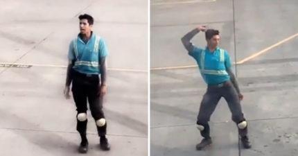影/機場搬運工等起飛空檔上演「舞娘真人秀」 3.7萬網友讚爆「妖豔舞技」:快出道!