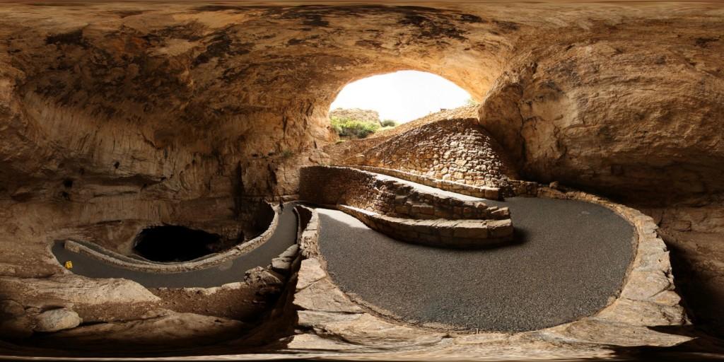 12個讓你願意放棄豪宅的「世界最美洞穴」 冰島的「水晶穴」美到像在另個星球!