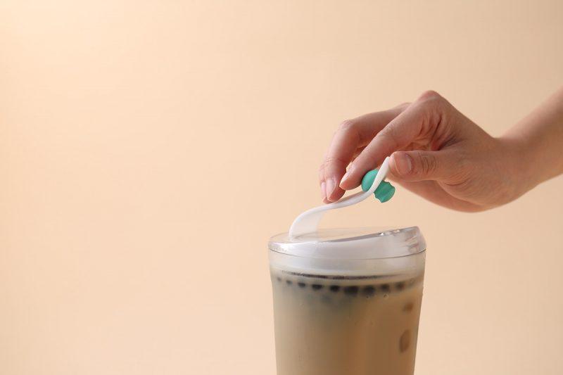 不用吸管喝珍奶
