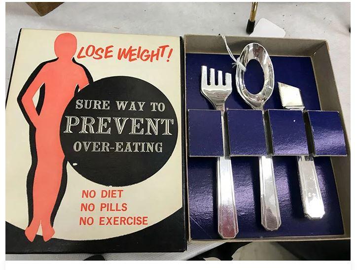 27個網友在二手商店找到的「最詭異爆笑商品」 「防貪吃湯匙」根本減肥神器!
