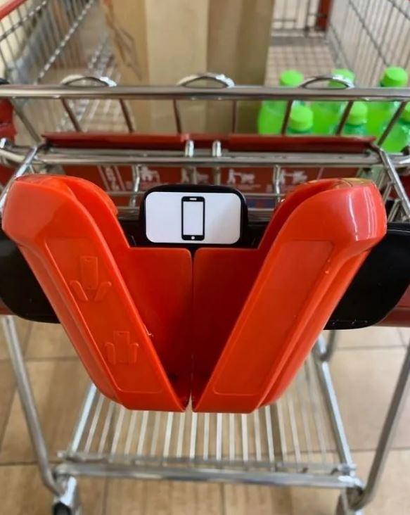 15件「證明人類沒有白活」的超創意發明 網友教你「用一隻腳」解決行李超重問題!