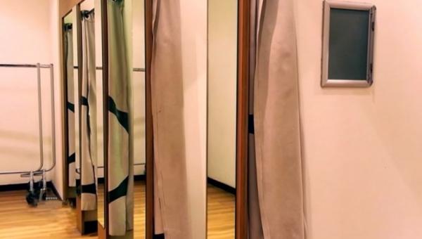 為什麽試衣間沒地毯?前員工分享「超恐怖經驗」 網看完嚇壞:再也不敢試穿了…