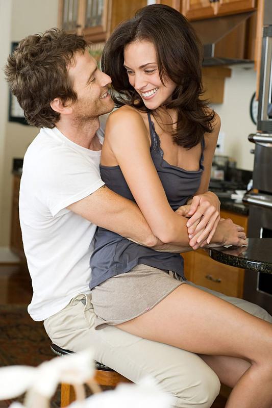 40秒看穿「他是否真心愛你」的身體語言 親額頭「不是浪漫」反而要提高警惕!