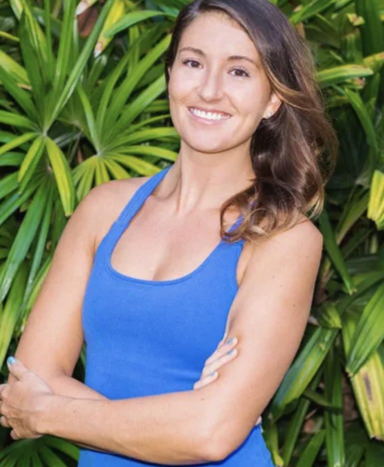正妹瑜伽老師「白T薄褲」挑戰野生叢林!結果她「想得太單純」...17日後被送急救
