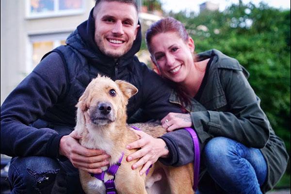 網站秀「超可愛狗照」他們心動領養 接回家卻發現「牠只有半張臉」主人的決定讓人爆淚!