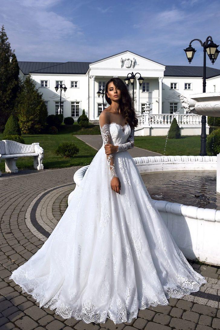 21個讓妳「看一眼就想婚」的夢境級婚紗 「超心機曲線設計」路人秒變超模!