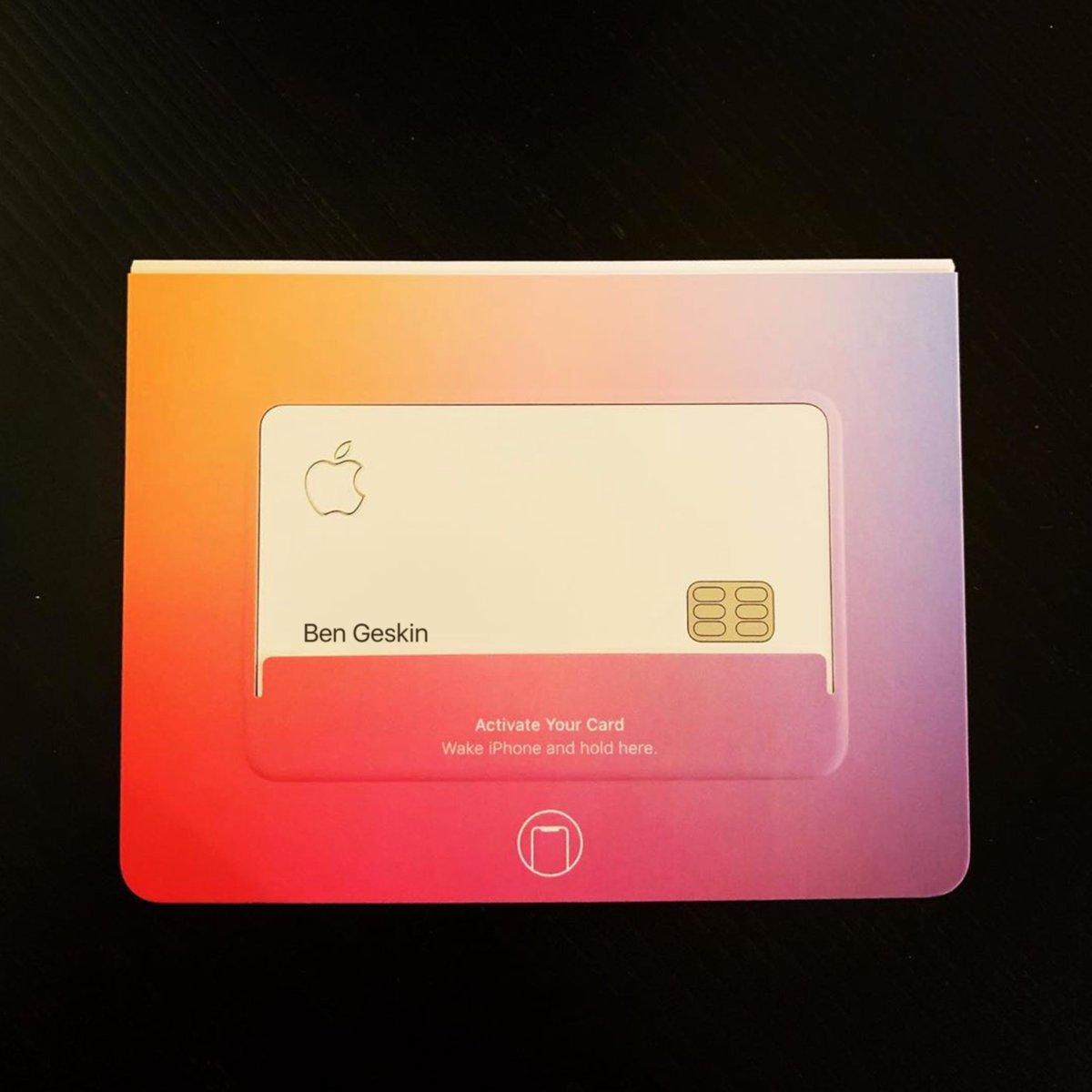 蘋果內部員工流出「Apple信用卡」實體照 「超極簡外觀」果粉超愛:完敗其他信用卡!