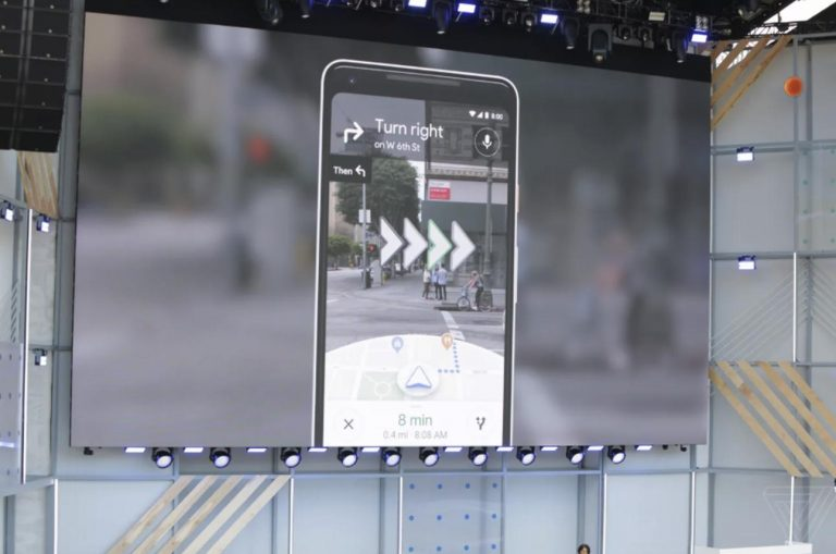 Google地圖公開「拯救路癡」新功能 靠AR技術「拍出100%正確方向」超神!