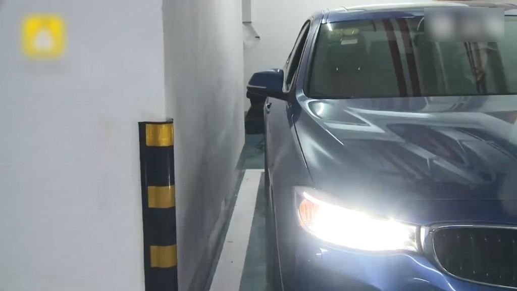 買「最高價停車位」也能踩雷?苦主「停車傻眼」:每天爬天窗!