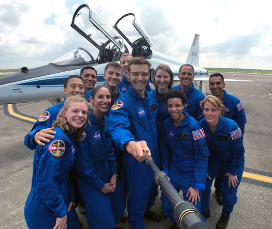 NASA公布「太空人比英雄還狂」的超級履歷 贏全球99.9%的人才有機會上月球!