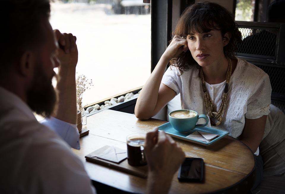 專家證實「愛抱怨」會害身體變差 傷害程度「跟二手煙一樣慘」聽的人也會出事!