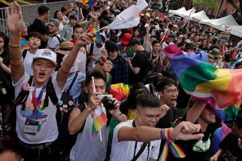 台灣成亞洲首例!同婚專法通過「關鍵内幕」曝光 網激動:謝謝你們的努力