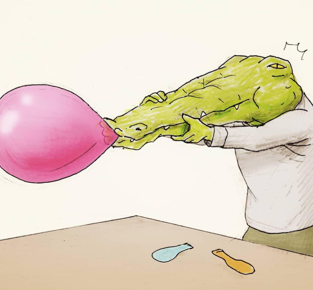 20張腦洞大開「鱷魚無奈日常」的爆笑插畫 安全帽「戴在嘴巴上」超心酸!