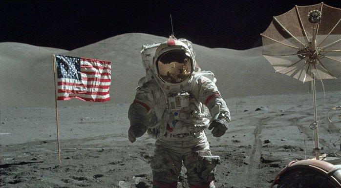 月球登陸是假的?NASA怒公開「關鍵照片」反擊 網看到「月球表面」嚇壞:我信了