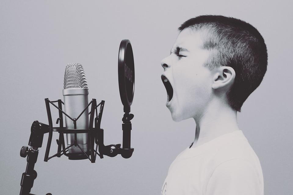 研究顯示「唱1首歌=跑100公尺」 專家點出「5大好處」網超興奮:快揪唱歌!
