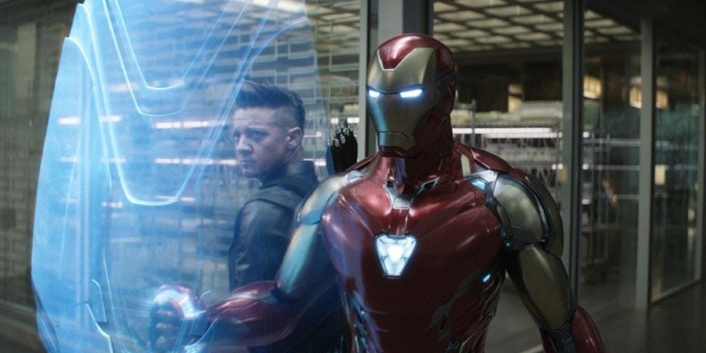 《復仇者聯盟4》「還沒上特效」的劇照曝光 索爾盡全力「召喚雷電」畫面超憨