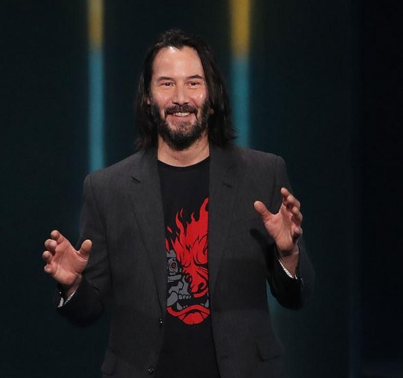 電玩宅被「基努李維認可」帥到令人窒息 他公布「被男神欽點」秘訣:告白要夠大聲!