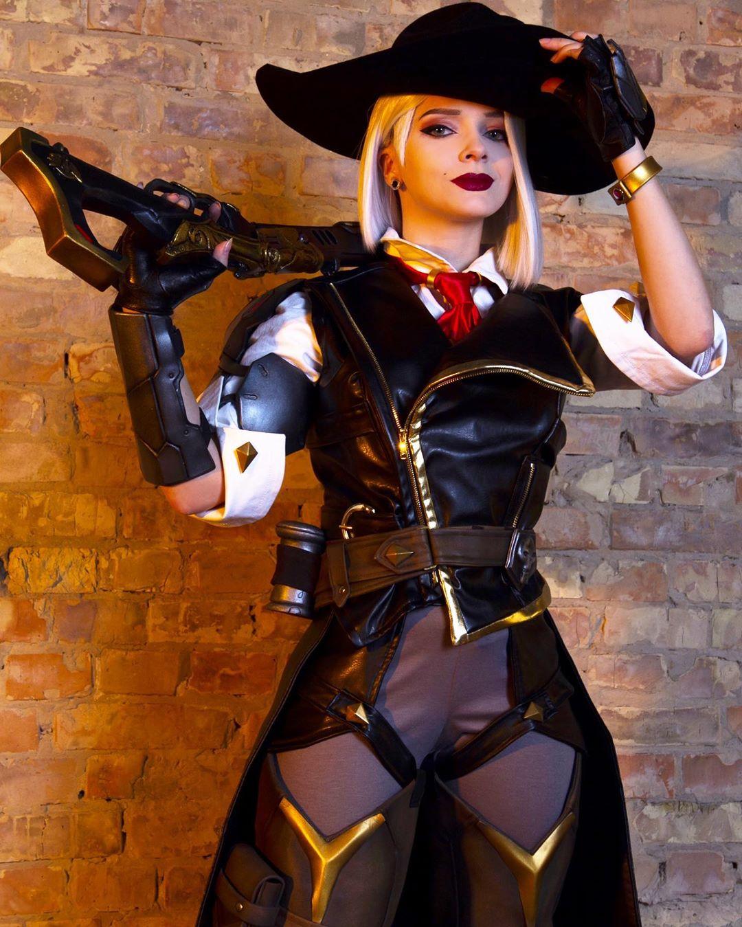 正妹coser完美變身30個知名角色 小丑女「絕對領域」害男粉絲全暴動:微肉最棒!