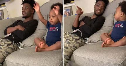 可愛父子聊節目「超水準成熟對話」笑翻網友 他問「你看得懂嗎」寶寶神回覆!