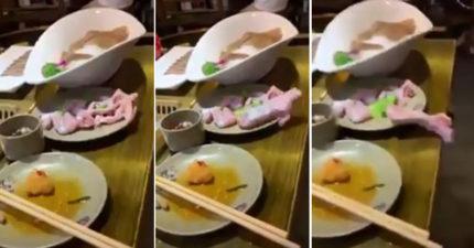 影/吃火鍋驚見去皮田雞「揮臂逃跑」!網友嚇到想吐:太新鮮了