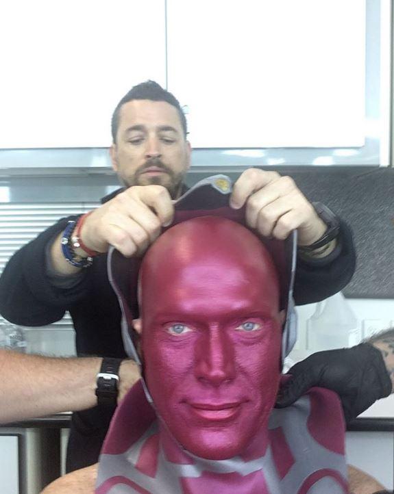 10個證明「英雄裝背後」都是演員的淚水 小勞勃道尼穿鋼鐵裝竟穿到「幽閉恐懼」!