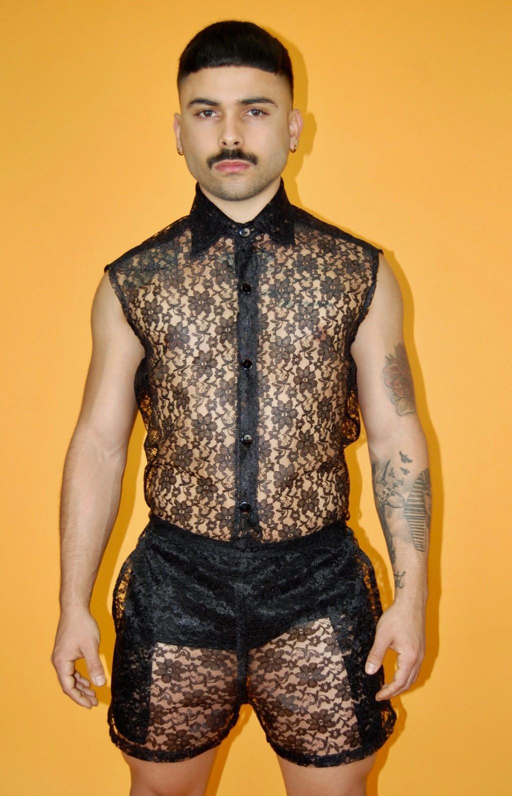 潮牌推「超適合夏天」的男人蕾絲裝 主打「涼感設計」網卻大驚:下面怎麽有三大包!