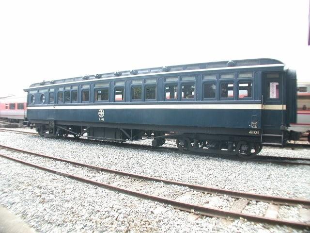 台鐵把「日本天皇花車」鎖倉庫 網見「3台秘密壓箱寶」超震驚:不展太可惜!