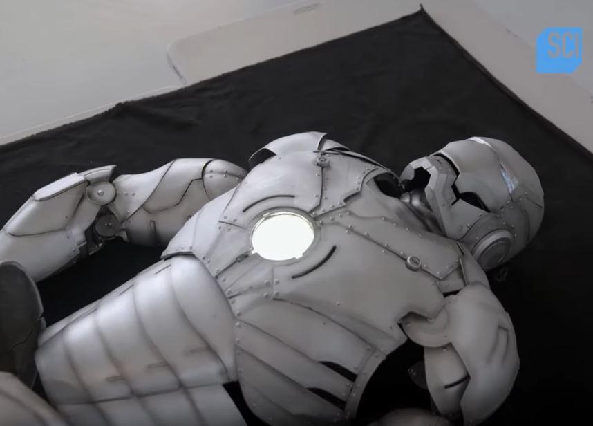 工程師夢想打造「現實版鋼鐵裝」品出爐...真的能在空中飛!
