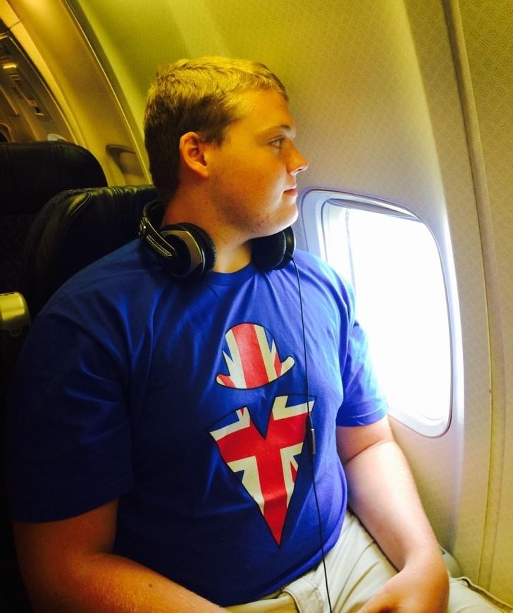 還羨慕長得高的人?20個高個兒偷偷藏在心中的「心酸血淚生活」  永遠看不到飛機上的風景!