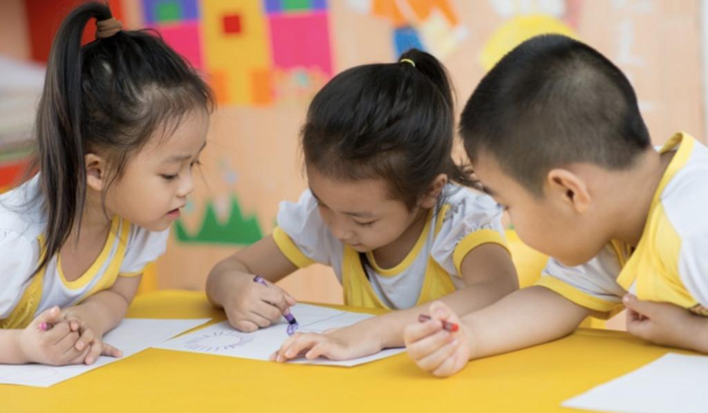 他PO出「私立幼稚園」的繳費單 網友看到「超高價學費」嚇壞:這樣怎麽生小孩?