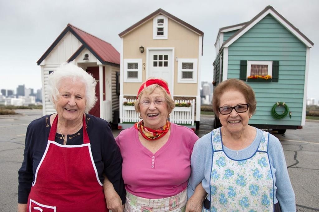 網大推「真實版霍爾移動城堡」退休族也能到處跑 超狂「內部設計」讓年輕人超羨慕!