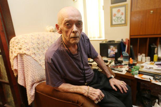 最頑固釘子戶!75歲爺爺「地址被註銷」也不搬 他走進房子目睹「超心碎畫面」秒懂:對不起…