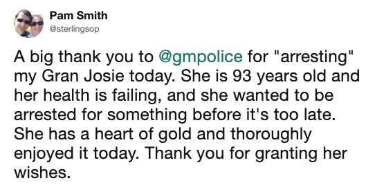 93歲阿嬤「當一輩子好人」卻被警察上銬 她得逞時竟然興奮到笑出來!