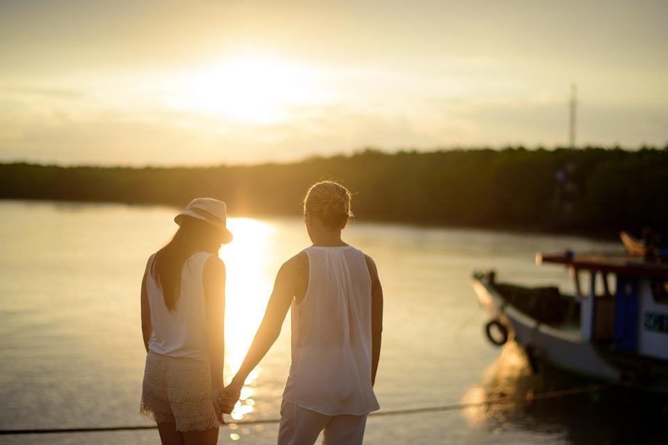 英國夫婦研發「男性用免懷孕神器」女生不用再吞藥 每天「肩膀擦一點」連小雨傘都省了!