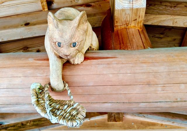 貓奴必拜!日本「貓廟」集合600座神像 背後的「催淚故事」證明:貓靈真的存在