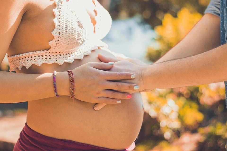 9個苦命醫生終於「受不了天才新手媽」的懷孕爆笑問題集