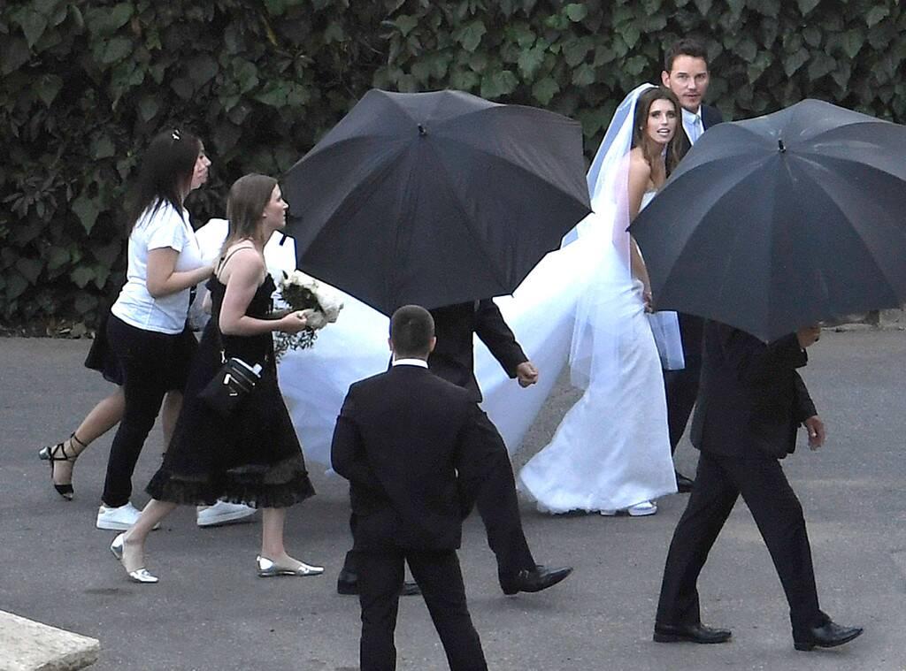 星爵終於把「超正阿諾愛女」娶回家!前妻「帶兒子到場」:祝新婚快樂