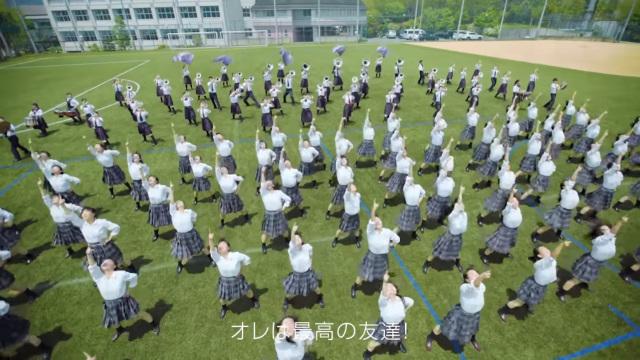 影/日本高中生「完美重現」《阿拉丁》歌舞場景 連「高難度翻滾」都成功…網:太感人