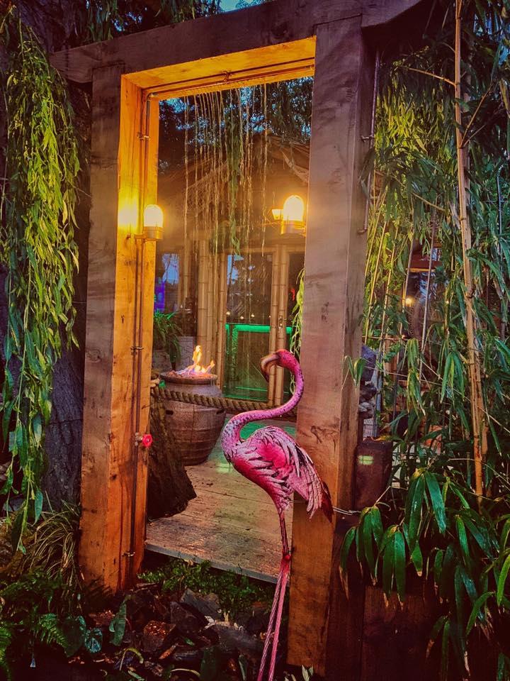 超寵妻老公為哄老婆開心 花2年在後院打造「熱帶天堂」…超夢幻構造曝光!