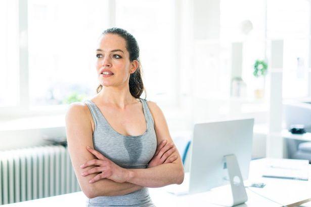 女性福音「冷凍胸墊」對抗夏天熱浪 貼心設計「免靠冰箱」就很涼:太方便!