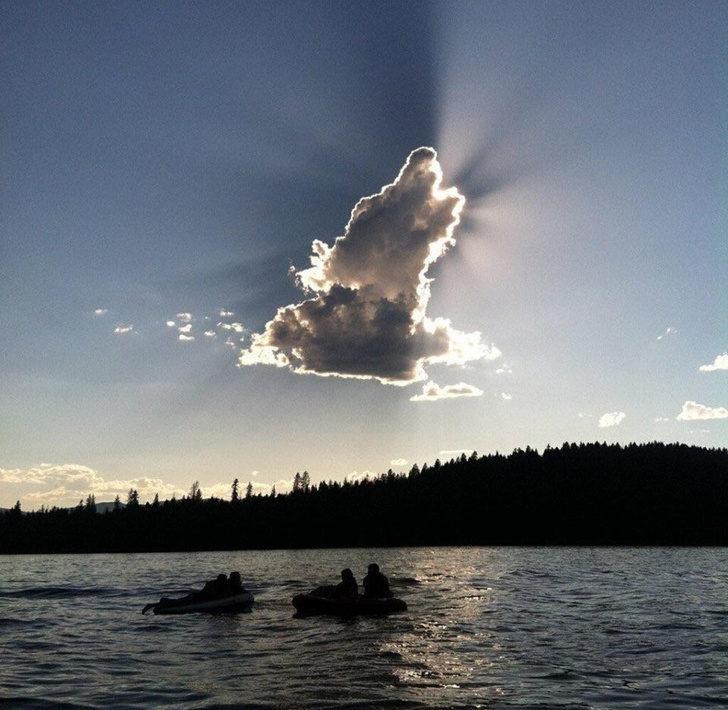 24片讓你「揉眼睛再看一次」的雲朵魔術秀 陽光下的「天使側臉」會不會太清楚!