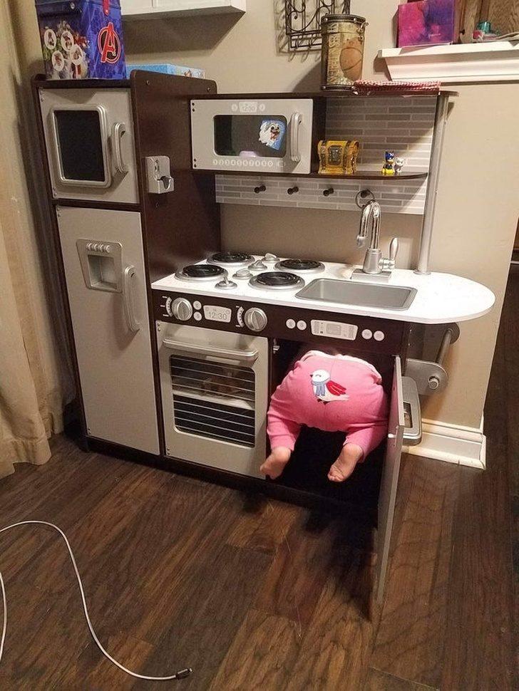 19張「大人看完秒崩潰」的屁孩爆笑照 他把iPod借小孩玩...「45年後」才能解鎖