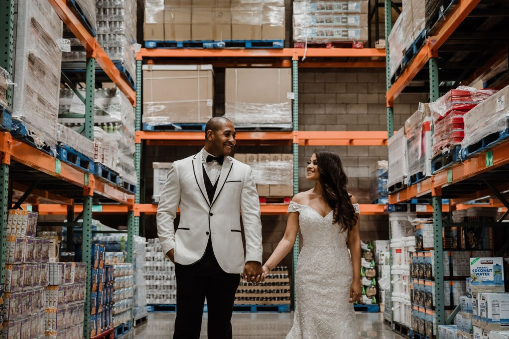 情侶當年「在好市多相遇」陷入熱戀 決定婚紗照「在這拍最有意義」網讚:不能退貨!