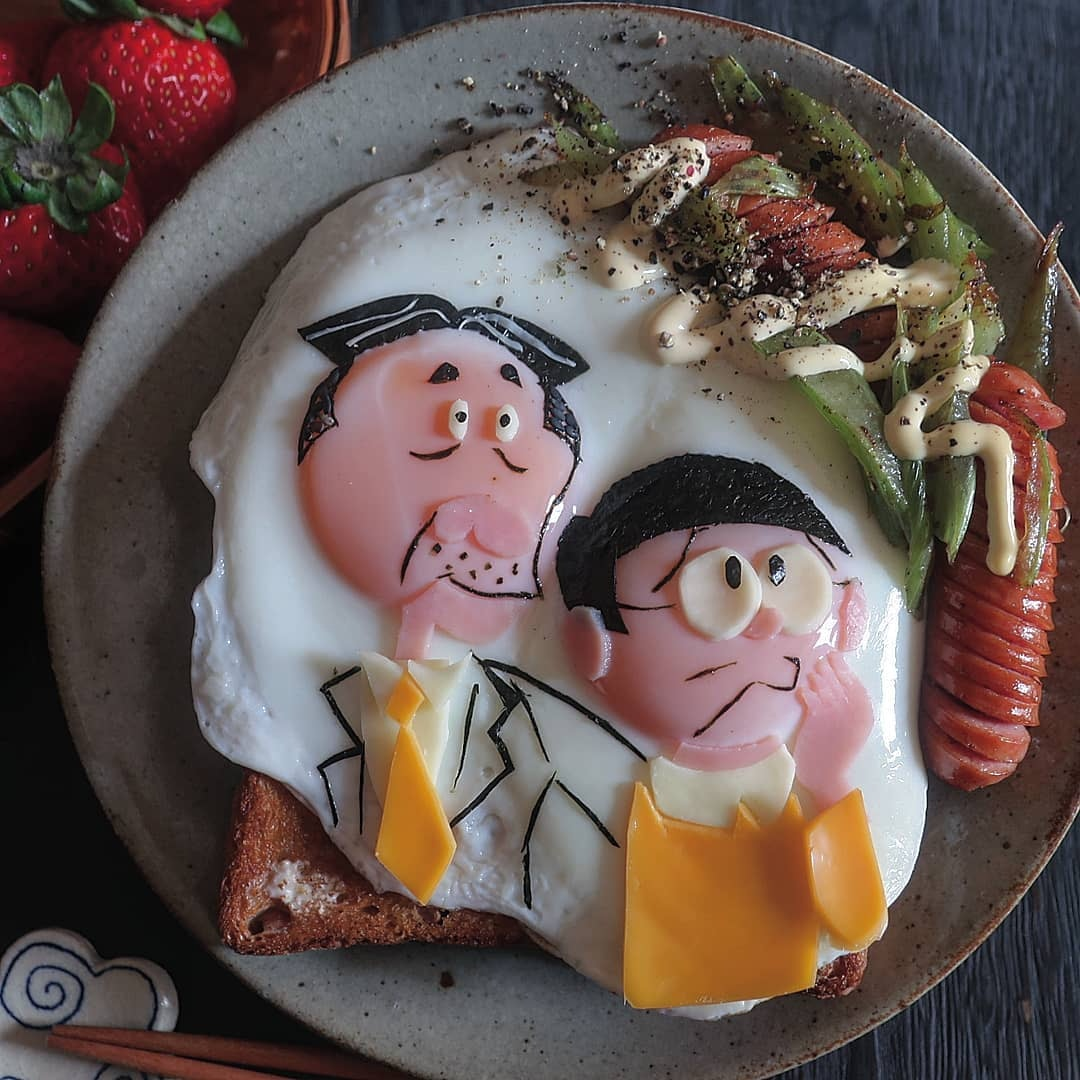 狂媽把「煎蛋→超萌卡通人物」爆紅 神還原《玩具總動員》被讚爆:連牙齒都不放過!