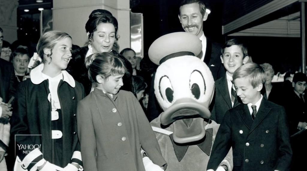 影/超黑暗内幕曝光!迪士尼繼承人「潛入園區」當臥底 員工「慘被剝削」回家只能吃垃圾