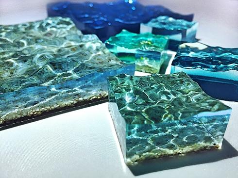 神人製作「掌上型沖繩海」模型 把美麗大海「握在手心」被讚爆:跪求量產!