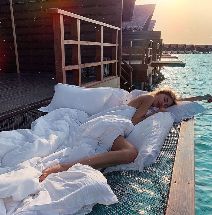 馬爾地夫「能睡在海上」的新景點爆紅!抬頭就是星空...想玩水「翻身就下海」